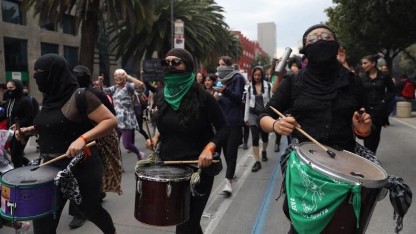 mexico-marcha-terremoto-feminista