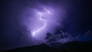 rayo-tormenta-electrica-generica