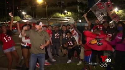 Celebran la victoria de los Buccaneers en Tampa